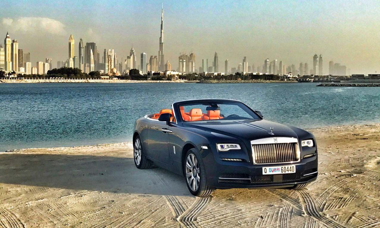Book Professional Car Rental Dubai Service for Luxury Travel