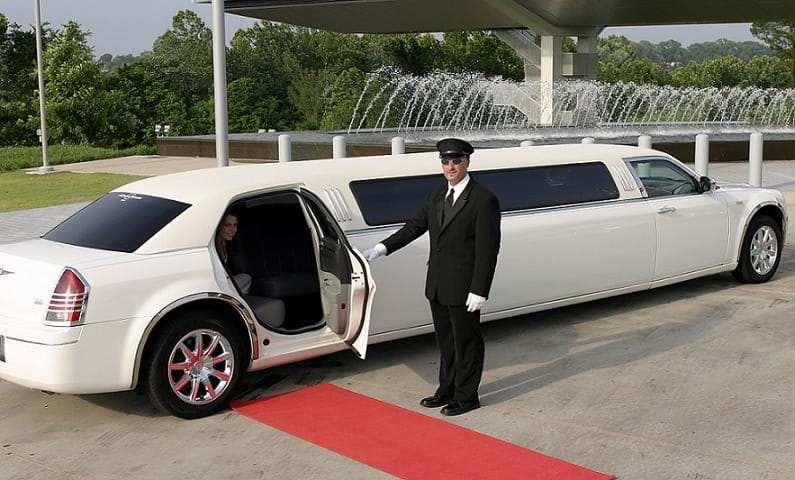 Limo Service from Car Rental Company for your Special Occasion?