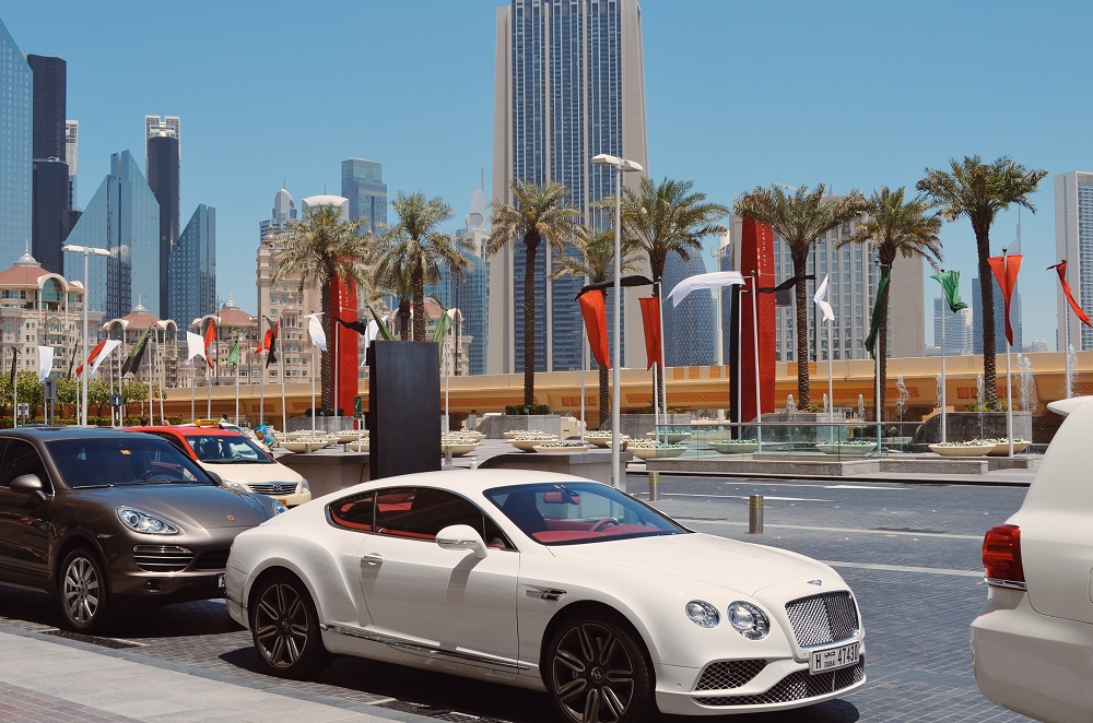 Always use an Experienced Dubai Car Rental Company